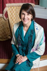 Rabbi Julie Hilton Danan, photo by Emma Reisman at Pleasantville Community Synagogue