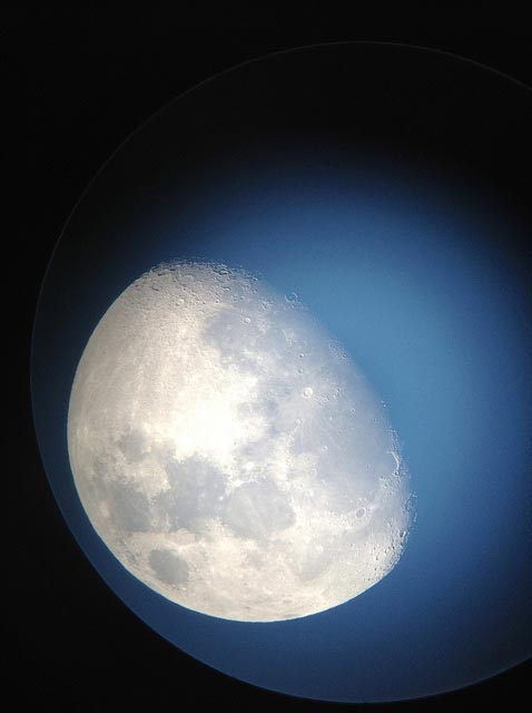 Daytime Moon by Rob Jackson, via Flickr
